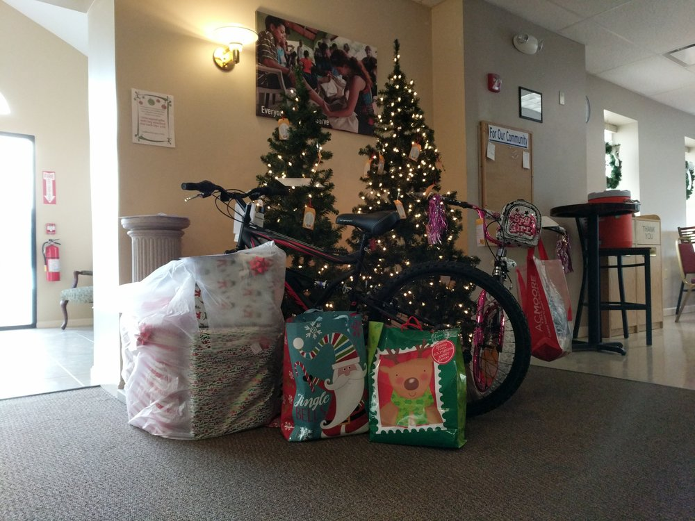 Remember that giving tree gifts are due back this Sunday!