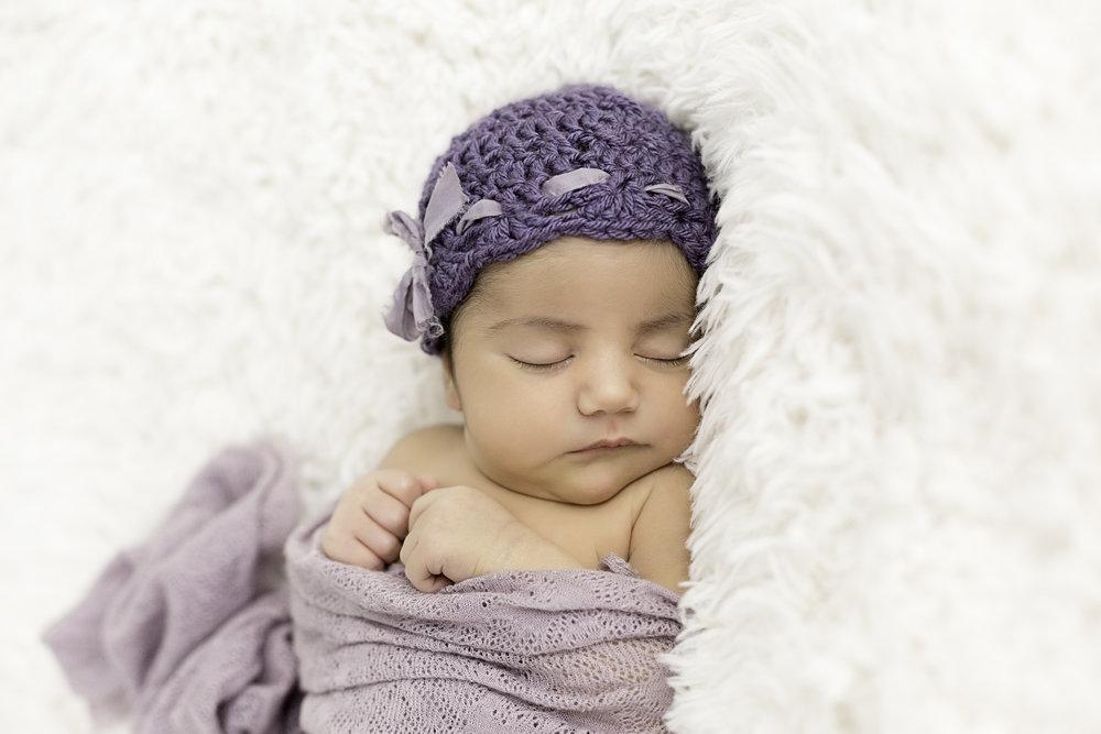 newborn portraits los angeles.jpg