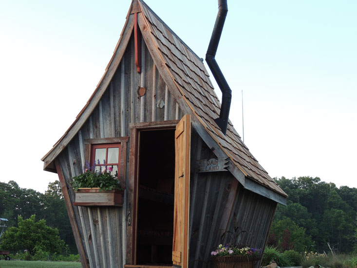 Play Houses-The Rustic Way