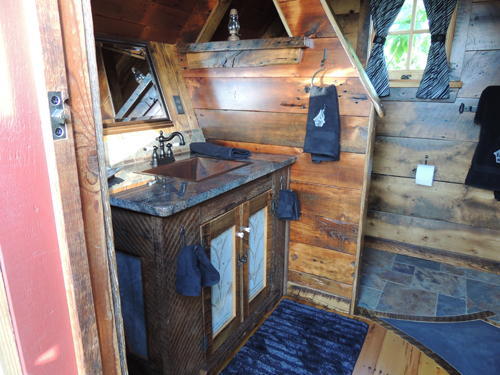 Bathrooms-The Rustic Way