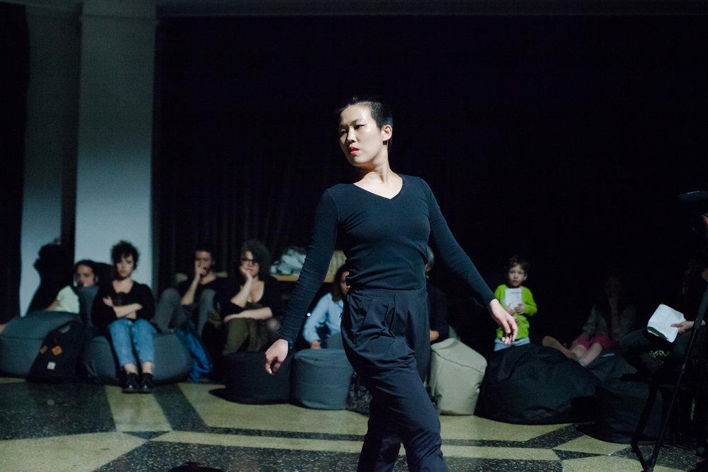 ϕ (phi) choreographed and performed by Jodie Judy Lu YingChu, produced and curated by SAVVY Contemporary, Berlin, June 2017.