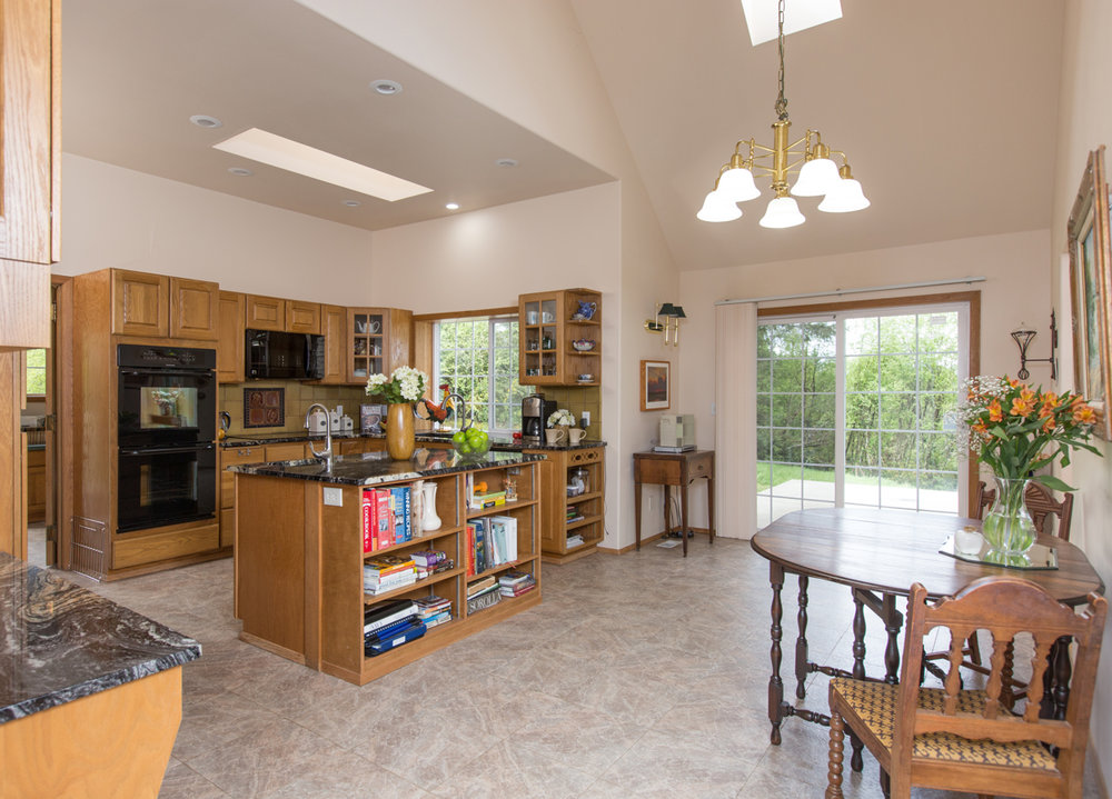 Let's talk about this SUPER functional kitchen! Endless storage space, gorgeous counter tops and new appliances.