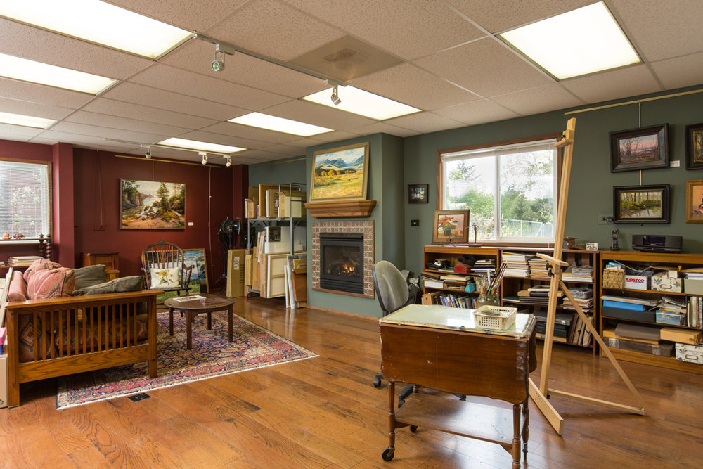 Wow! What a shop! Our sellers are using it as a painting studio right now. But, the options are endless here!