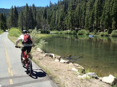 Bike along the Truckee River