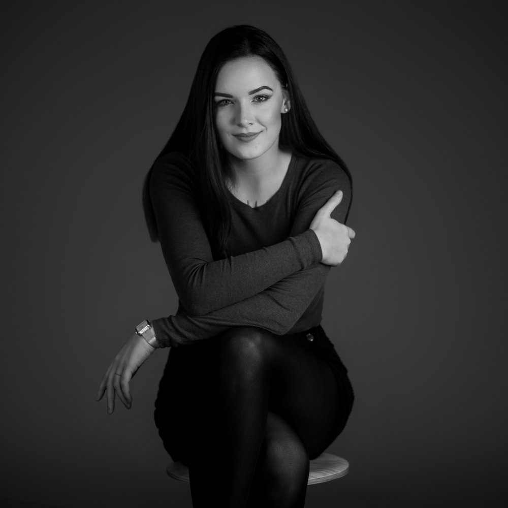 Mia Křižková - Photography | Make-up | Styling