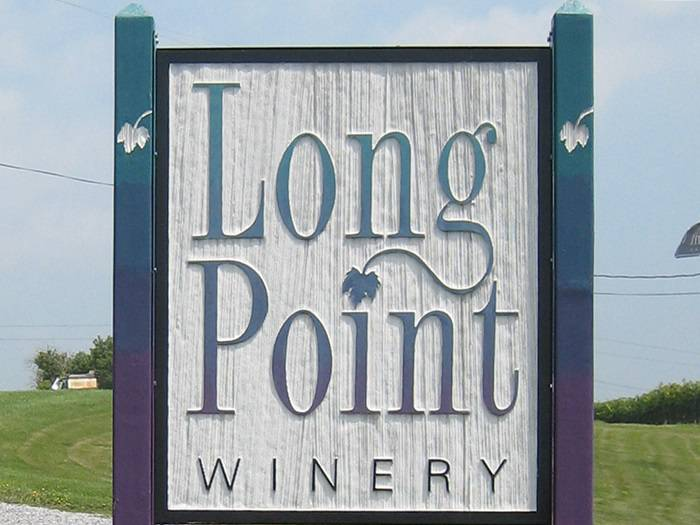 Long_Point_Winery_02.jpg