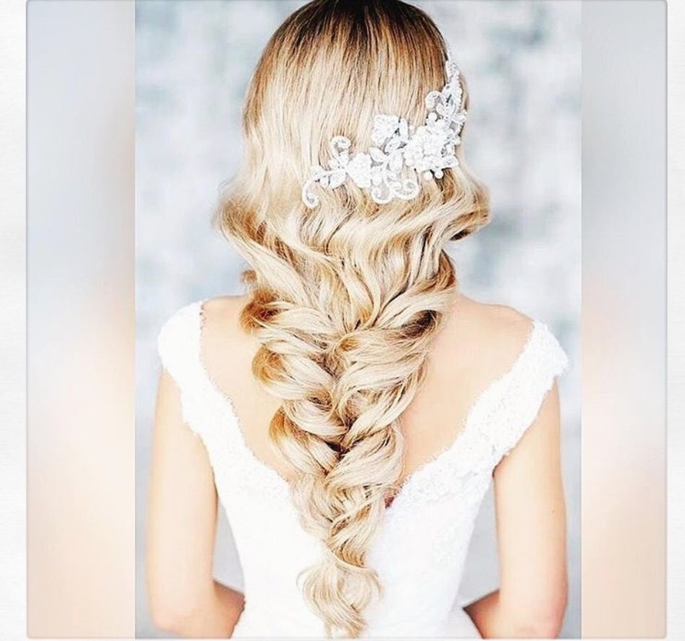 A gorgeous braid for long hair and this fabulous hairpiece from  @instaweddingfun