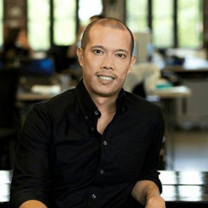 Christian Cadeo    Partner     With 15+ years of experience as the first employee, having founded Asia office for AdMob(acquired by Google for $750mm), Just (formerly Hampton Creek), and DOMO (IPO in 2018), Christian joined Creative Ventures to help even more startups expanding to Asia.