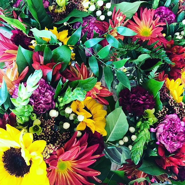 Wrapping up the weekend with a sneak peek at florals for a very special event! Stay tuned...