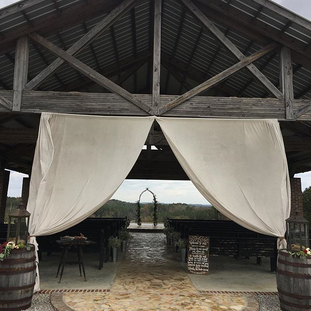 Spent the morning doing our thang at Flagstone Farms for one of the sweetest brides // If you haven't been to Flagstone...run, don't walk! Not only is it gorgeous (especially with the fall leaves in the background), the owners are incredibly kind and care so well for their clients. #wedding #chapel #alabamabride #alabamawedding #gamedaywedding #flagstonefarms