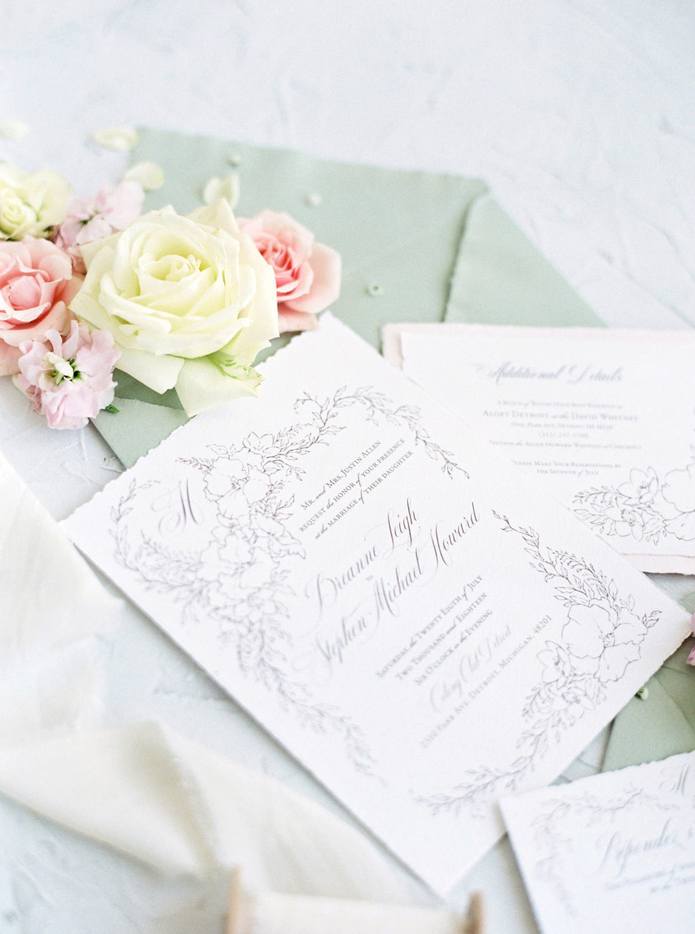 How to start a wedding stationery business - 5 tips for getting started on your new stationery business from professional stationery designer, Katrina of Blushed Design. #weddingpro #weddingvendor #fineartwedding