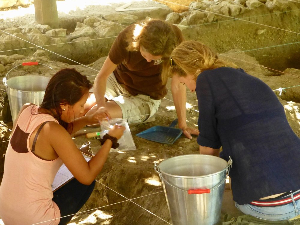 Archeologists for a day with our archeologist in training Lily !
