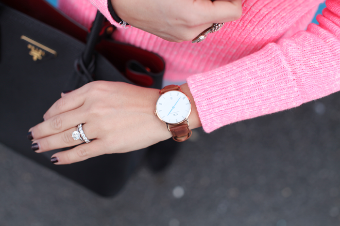 Add a pop of color with a St. Mawes DW watch.