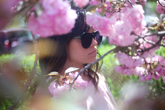 Check out how fashion, lifestyle, and beauty blogger Little Tree Vintage styles a gorgeous pink dress for Spring.