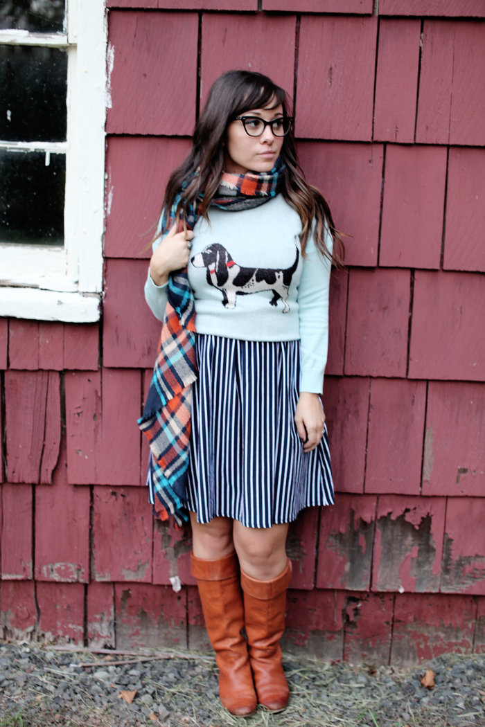 See how fashion, lifestyle, and beauty blogger Little Tree Vintage styles this one dress two ways for Fall!