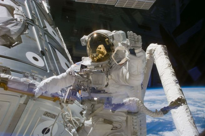 Astronaut James Newman as seen on the Unity module during the first construction spacewalk in December 1998. Photo Credit: NASA Read more at http://www.spaceflightinsider.com/missions/iss/astronauts-complete-200th-iss-spacewalk/#crYLIXvFx4LP7qGQ.99