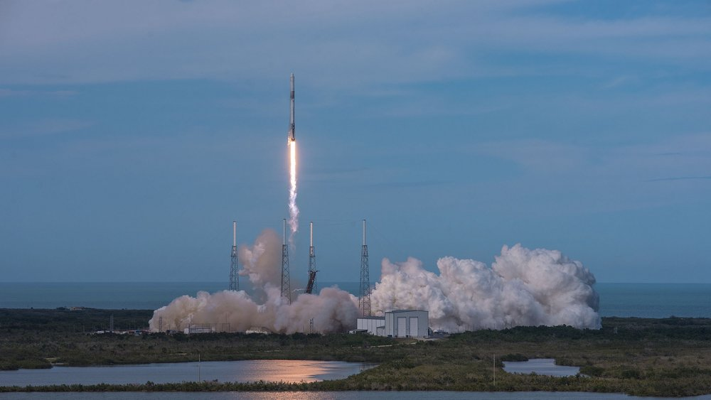 The CRS-14 Dragon capsule is launched by SpaceX's Falcon 9 rocket. Credit: SpaceX