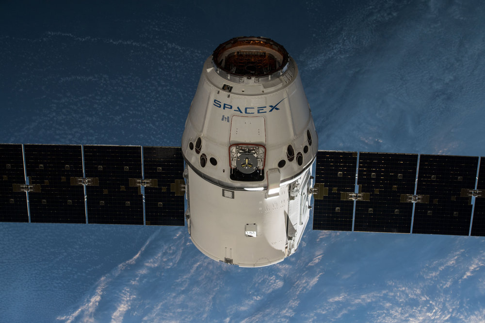 SpaceX's CRS-14 Dragon rendezvous with the ISS. Credit: NASA