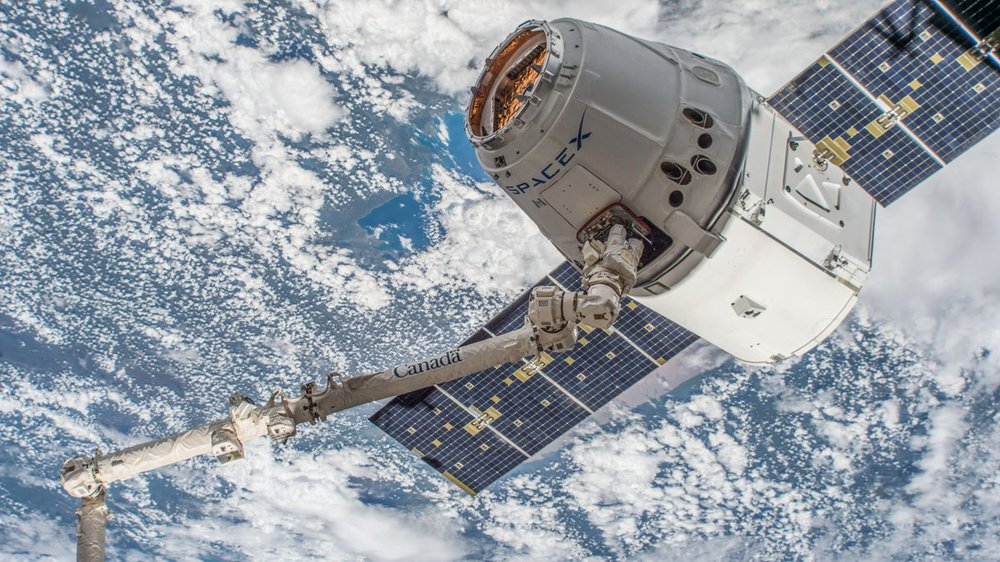 CRS-14 Dragon is grappled after rendezvousing with the ISS on April 4, 2018. The spacecraft spent a month attached to the space station before returning on May 5, 2018. Credit: NASA
