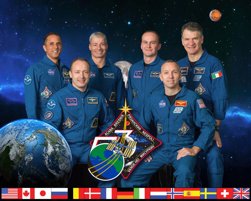 Expedition_53_crew_portrait.jpg
