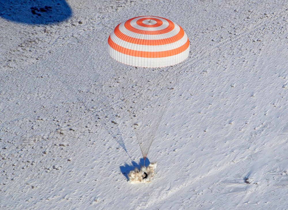 Soyuz MS-05 with its three-person crew lands on the snow-covered Kazakh Steppe. Credit: NASA