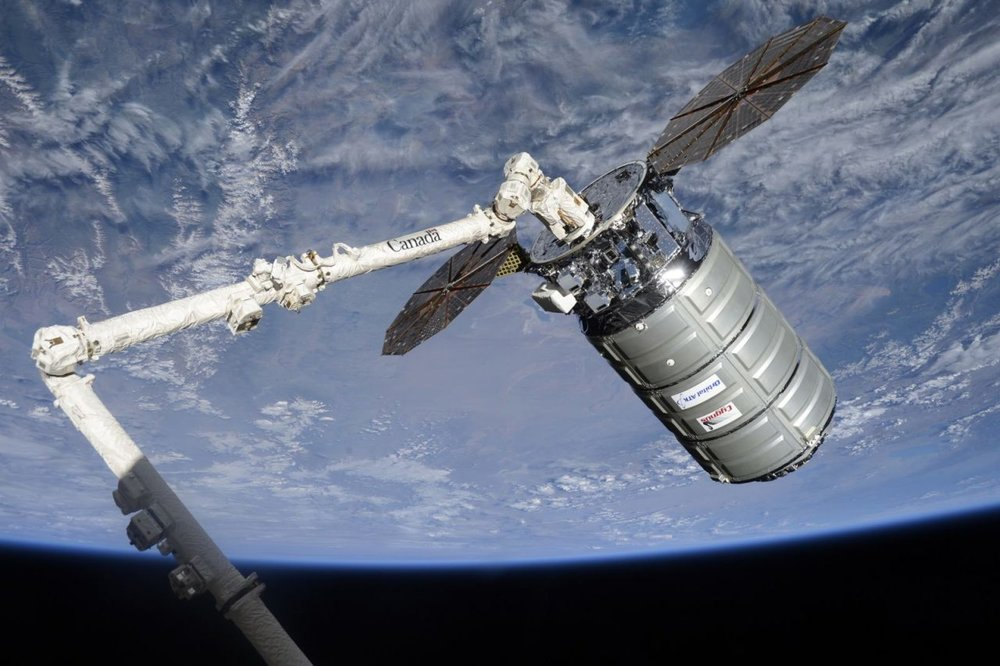 The OA-7 Cygnus is unberthed and readied for release on June 4, 2017. Credit: NASA