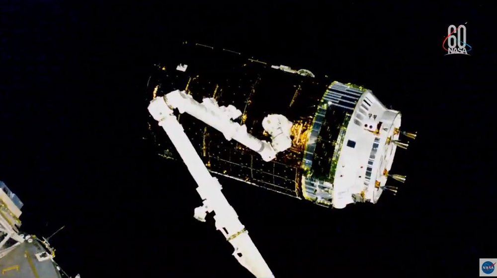 Kounotori 7 just before being captured by Expedition 56. Credit: NASA