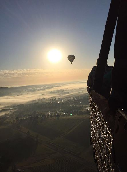 hot-air-ballooning-over-hunter-valley.JPG