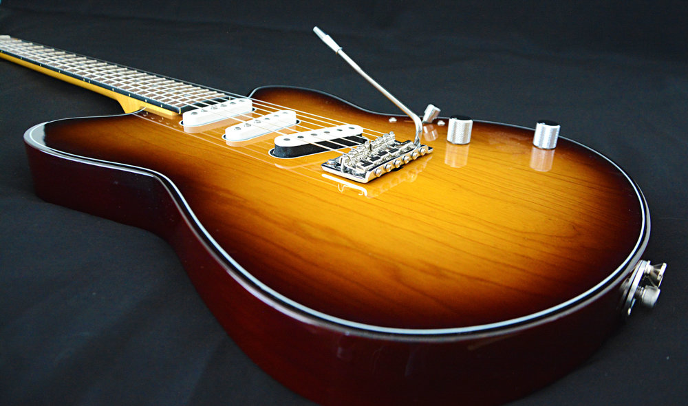 Vince Gill Futura SuperTrem top view.jpg