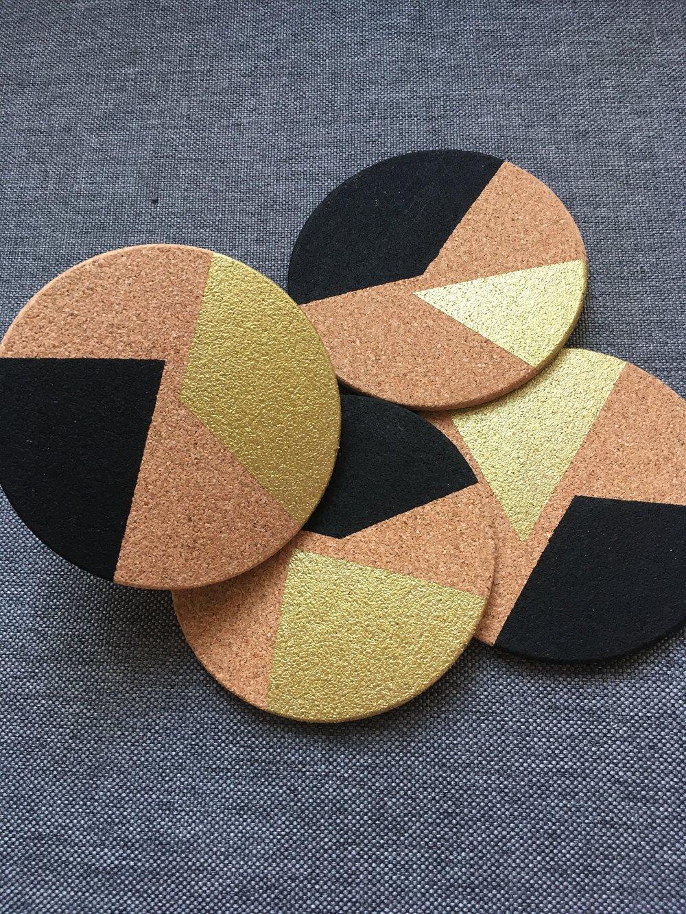 2-Color Block (Black & Gold)