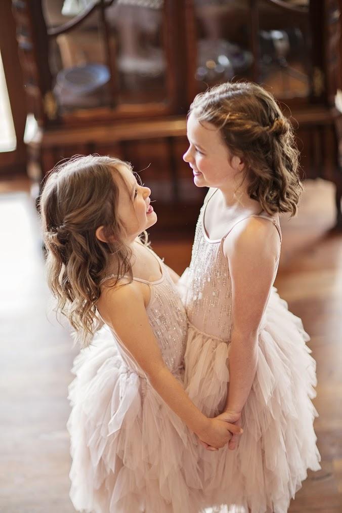 meagan flowergirls.jpg
