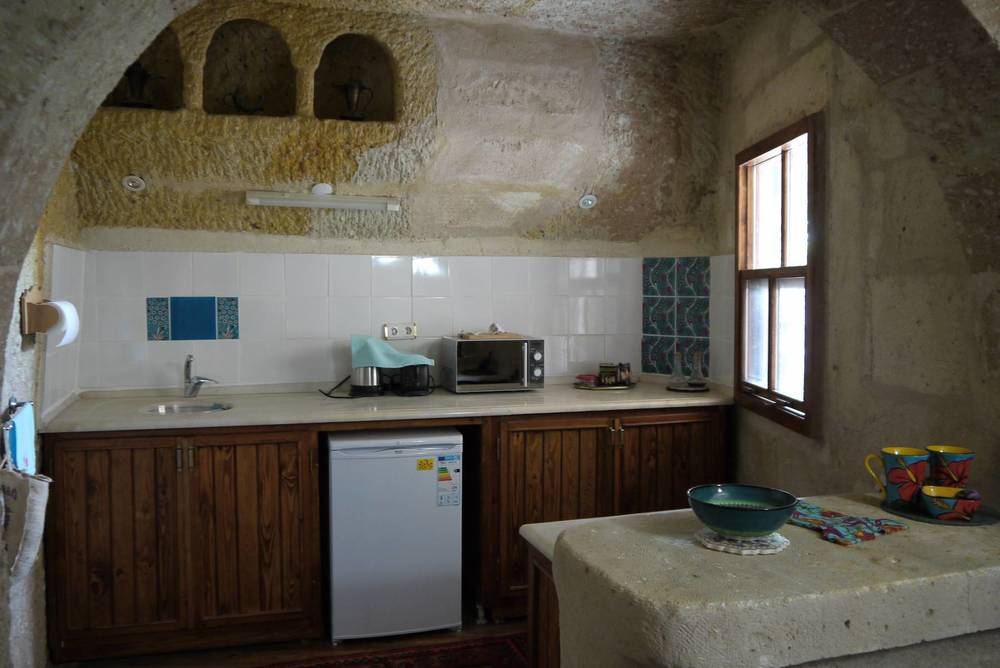 tn_Blue room kitchen.JPG