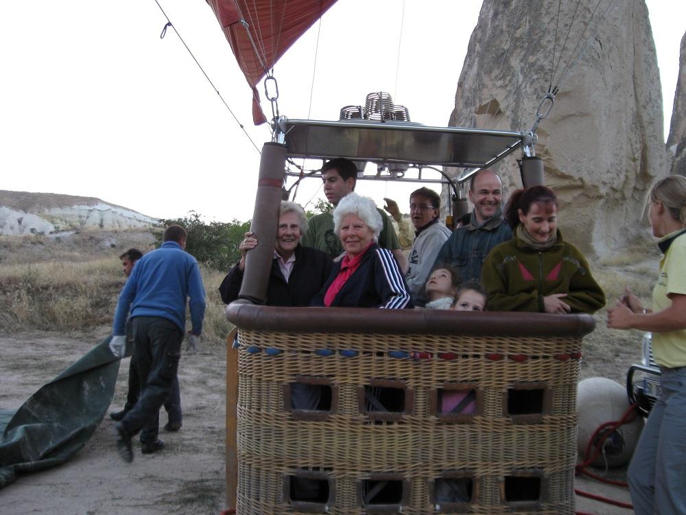 Balloon basket web.jpg