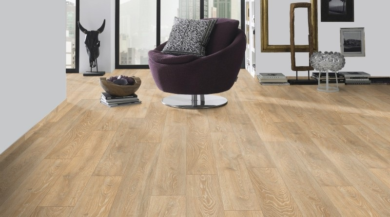 Mid Range - Supernatural Boulder Oak  (Image: poshflooring.co.uk)