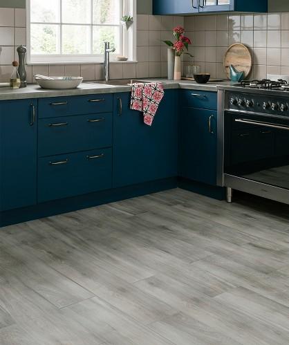 Mid Range - Longmore Grey Tile  (Image: Topps Tiles)
