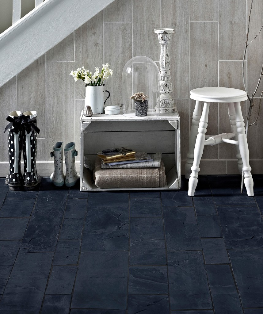 Mid Range - Calibrated Black Slate  (Image: Topps TIles)