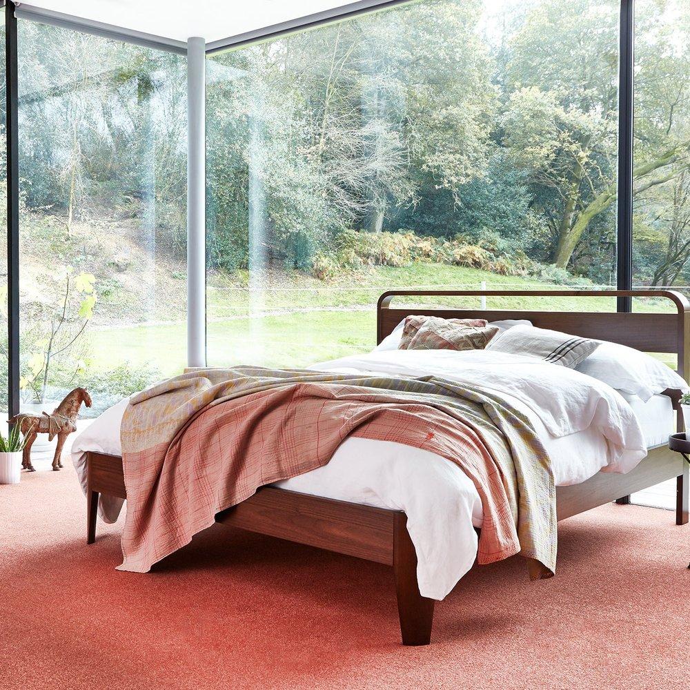 Mid Range - Pastel Peach Carpet  (Image: Carpet Right)