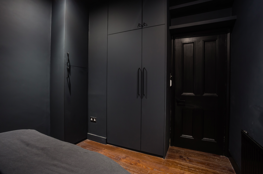 Omar Bedroom Hallway 05.jpg