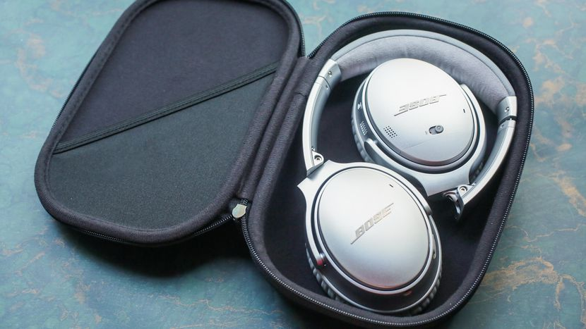 Bose QuietComfort 35 Series II Wireless Headphones.jpg