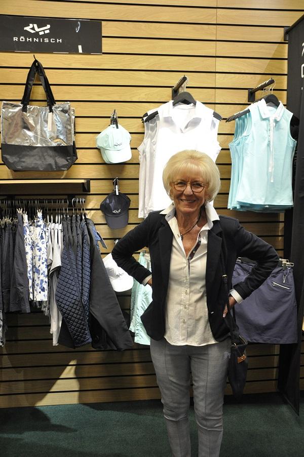 Minen när man har fått bubbel och fått reda på att det är 20% på alla kläder och skor