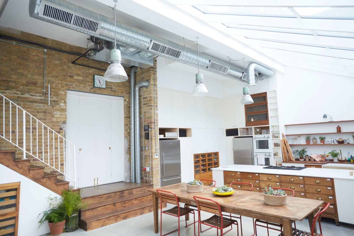 Exposed Ductwork: Creating the \'Industrial\' Look