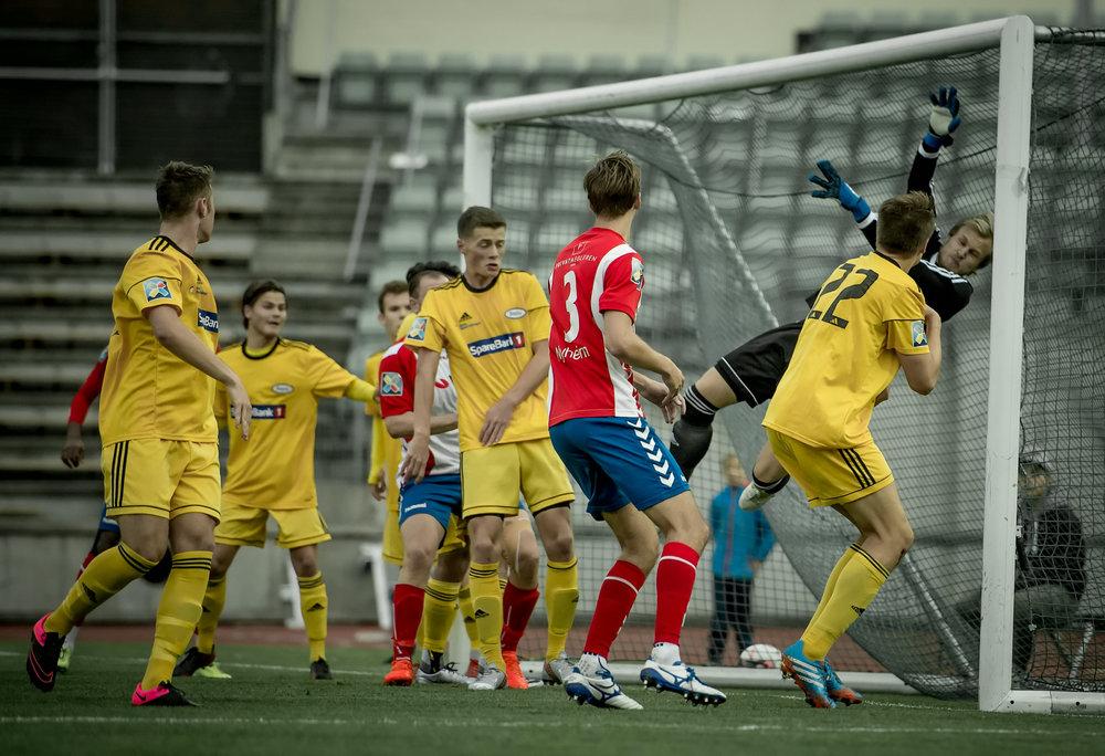 Periodevis kaotisk da Lyn slo Ready 3-2 (foto: Lars Opstad)