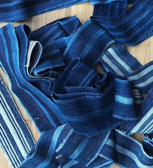 Strip cloth provides limitless design possibilities 💙 stop by @djunaspace 4 West 29th st NY, NY today to see the results. #stripes #oneofakind #indigo #madeinnewyork #nyfw #popup #friends