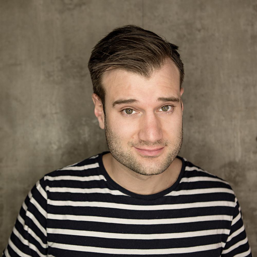 Headshot of an actor in ottawa