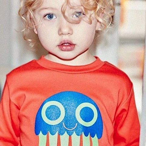 What a cutie pie wearing Fisher the jellyfish tee! 😍😍😍 #kidstee #jellyfish #cutekids #colourful #red #childrenswear #unisexclothing #kidslovecolour