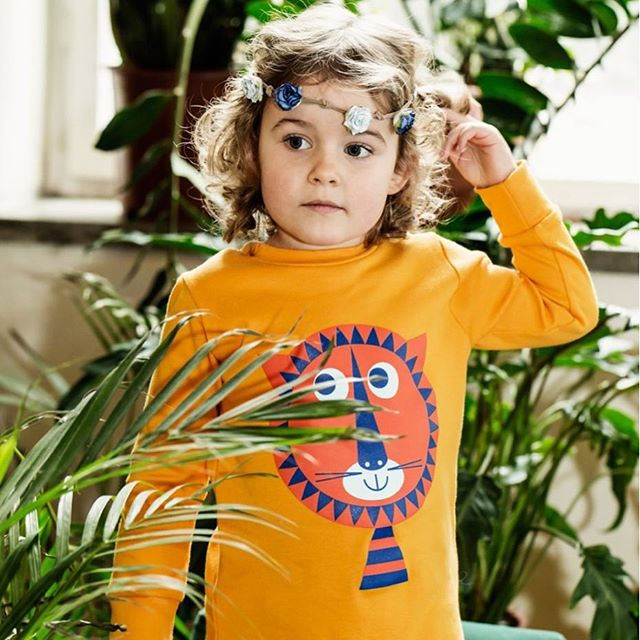 Thanks @ladnebebe for the lovely post on LOUVEA!  #lifestyleblogger #kidswear #kidsfashion #girldress #boldprint #colourful #madeinuk #londonbrand #kidsbrand #kidsboutique #ladnebebe