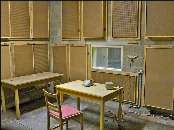 BBC Room of the Burlington Bunker (British Emergency HQ of the Cold War) (via)
