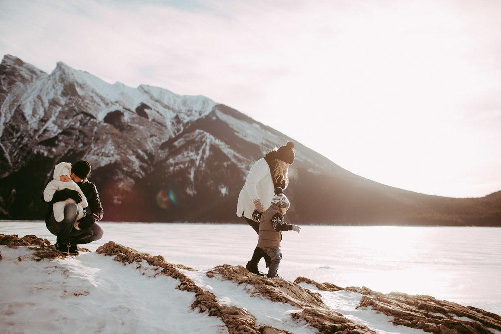 Warawa Family Banff_20170121-14.jpg