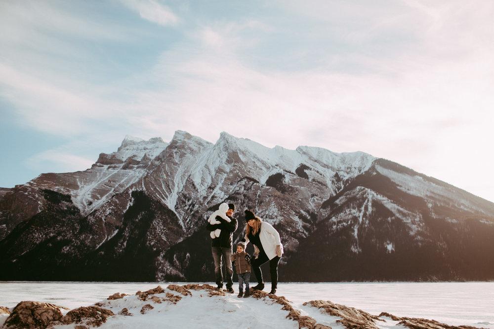 Warawa Family Banff_20170121-59.jpg
