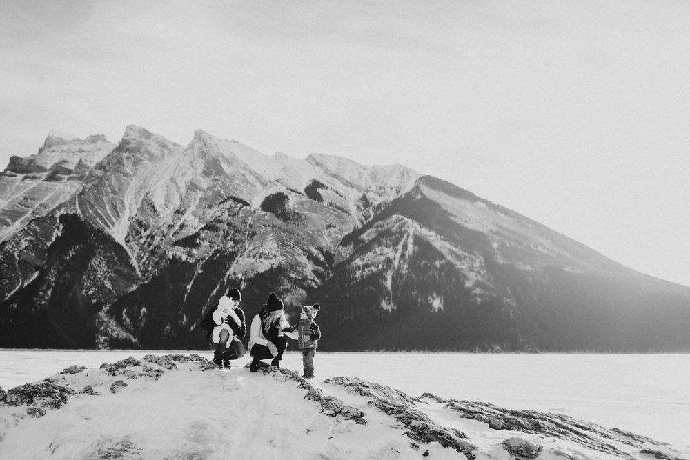 Warawa Family Banff_20170121-60-2.jpg